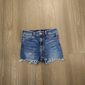 Hollister distressed high waisted jean shorts sz 1